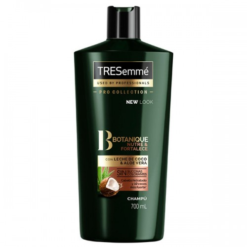 Tresemme Botanique Nourish and Replenish Shampoo with coconut 700 ml