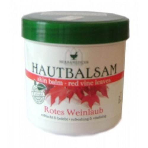 Balsam vine leaves